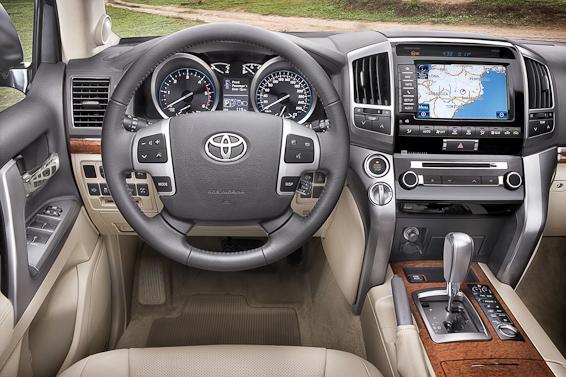 2012 Land Cruiser V8 interior