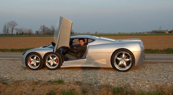 Covini 6 wheeled car