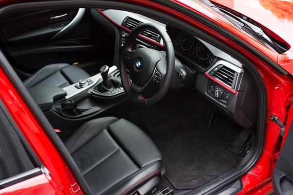 bmw 320 sport interior