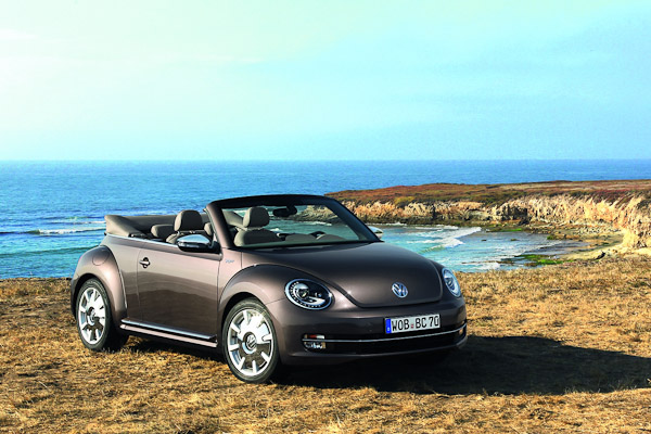 vw beetle cabriolet special editions carwow. Black Bedroom Furniture Sets. Home Design Ideas