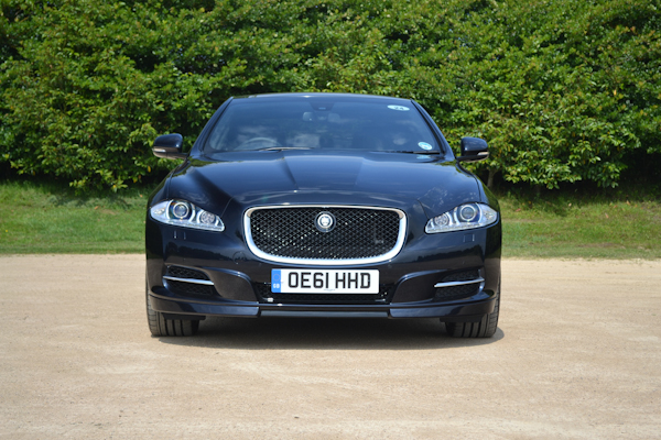 Jaguar XJ Black Front