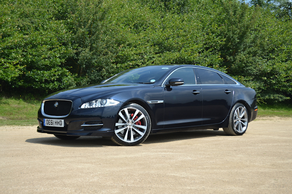 Jaguar XJ Side Black