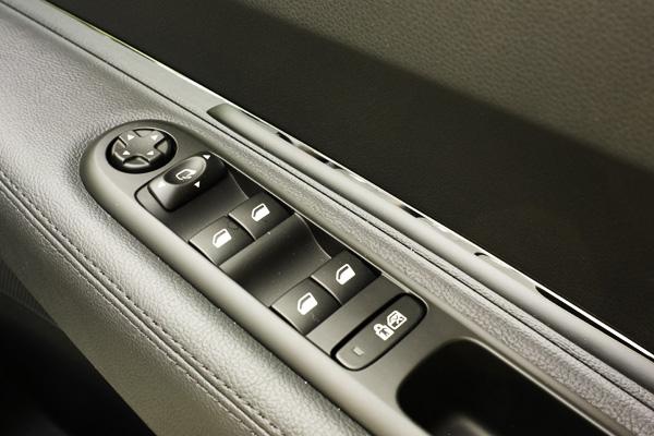 5008 door switches