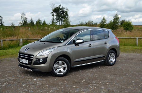 peugeot 3008 hybrid review worth it over the diesel carwow. Black Bedroom Furniture Sets. Home Design Ideas