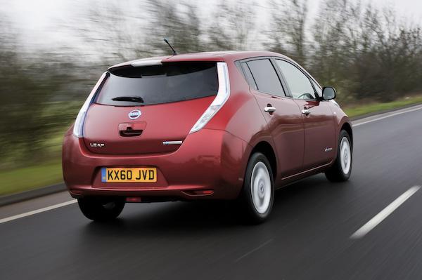 Nissan Leaf red back
