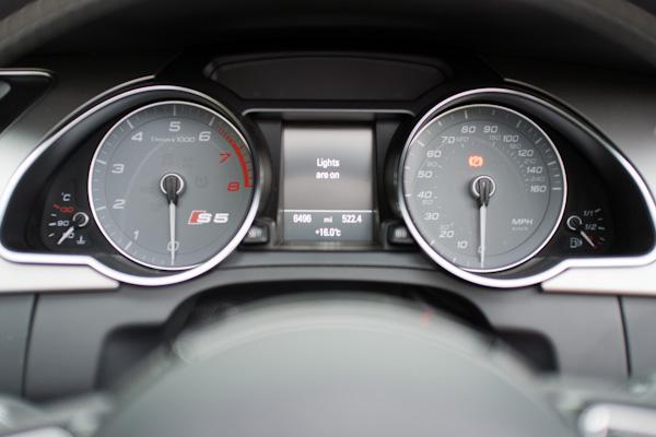 Dash Audi S5