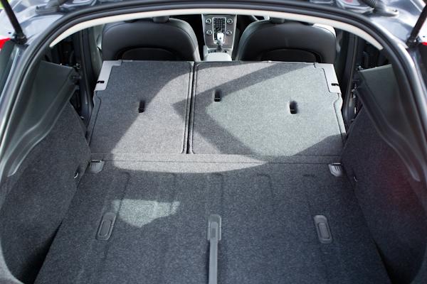 Volvo V40 Grey boot open