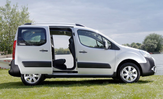 citroen berlingo multispace review the car for you carwow. Black Bedroom Furniture Sets. Home Design Ideas