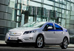 Chevrolet-volt-white-side