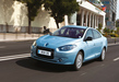 Renault-fluence-ze-blue-front-driving